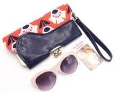 Vegan Bag, Wristlet Wallet, Vegan Leather, floral clutch, Clutch Purse, Phone Clutch, Kisslock Wallet, Vegan Leather Wallet, Make To Order