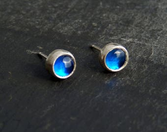 Sapphire stud earrings / sterling studs / dainty studs / gemstone stud earrings / simple earrings / blue gemstone