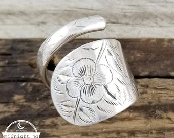 Sterling Silver Spoon Ring - Floral Spoon Ring - Wrap Around Spoon Ring - Amelia Ring - Etched Spoon Ring - Floral Ring - Upcycled Jewelry