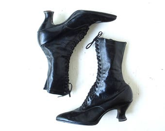 Vintage Lace Up Boots | Edwardian Boots | Black Leather Boots | Size 6.5