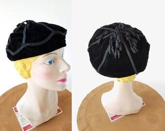 Hattie Carnegie Hat | 1940s Hat | Black Velvet Tam