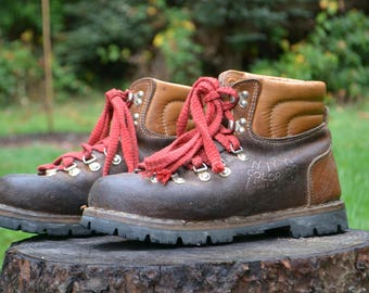 Vintage Italian Leather Hiking Boots by Kinney Shoes, Vibram Soles