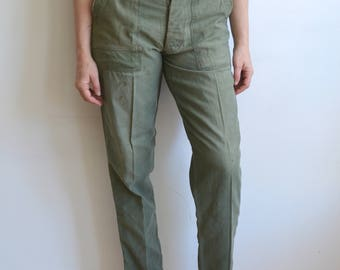 Vintage Type 1 Army Utility Trousers/ US Military Pants/ Vietnam/ Button Fly/ OG 107 Sateen/ Size 30 32