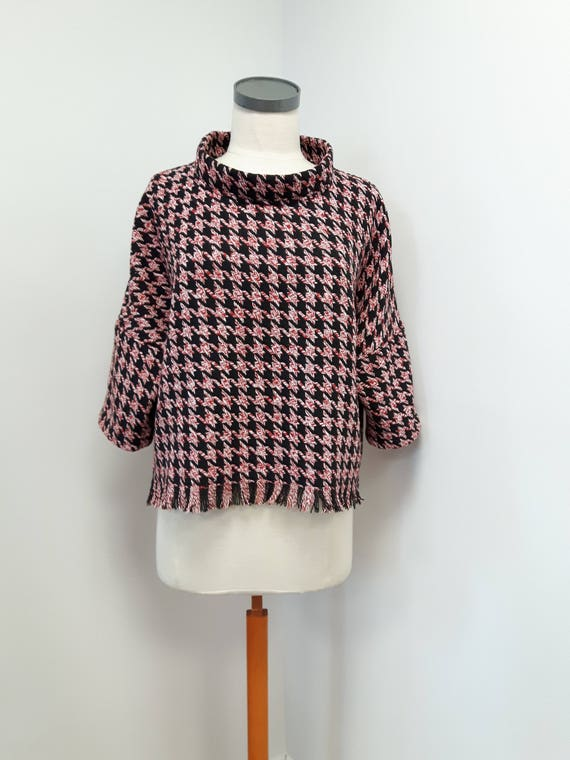 Women clothing, classic style, loose fit top with fringe, heather red and black houndstooth, stylish three quarter sleeve, one size