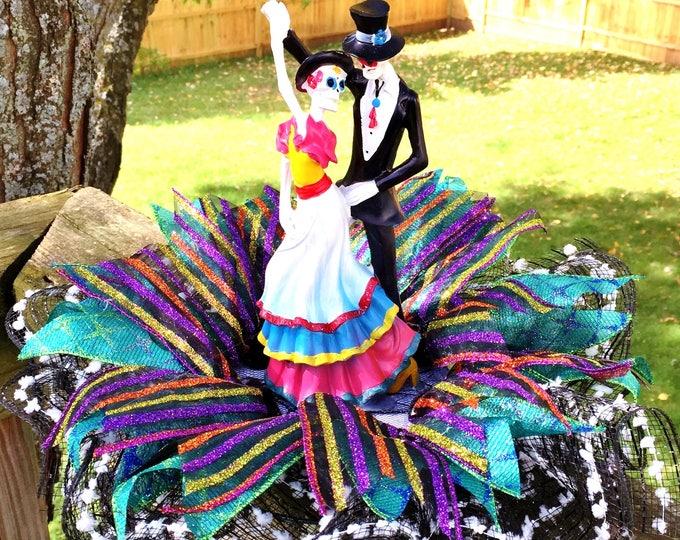 Dancing Bride and Groom Dia de los Muertos Sugar Skull - Day of the Dead Halloween Wedding Centerpiece