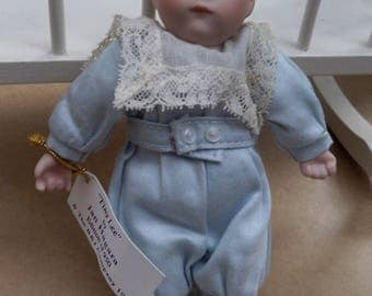 """Vintage Jan Hagara """"Tiny Lee"""" Miniature 6"""" Bisque Baby Doll Hand Painted L.E. 900"""