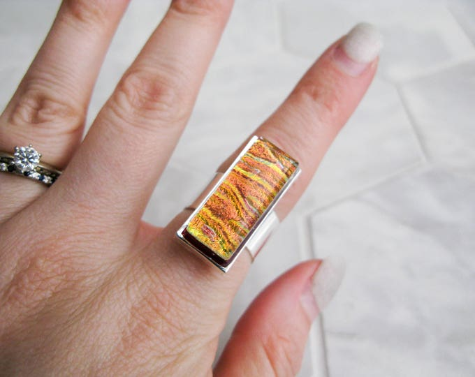 rectangle glass cocktail ring, large dichroic glass ring, multicoloured glass, statement ring, costume jewelry, avant garde, gift for her