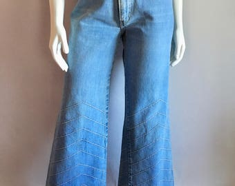 Vintage Women's 70's Brittania, Bell Bottom Jeans, Low Rise, Denim by Brittania (L)