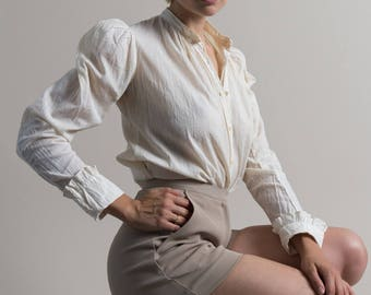 Vintage 90s Textured Taupe Twill High Waist Hot Shorts | 0