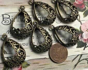 Vintage brass ornate drops, antique Connectors, Vintage Pendants, Vintage Earrings Parts, Bronze connectors, Vintage Jewelry Supplies,#974B