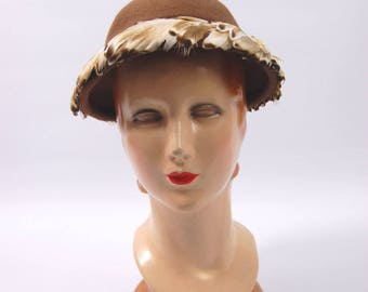 1950s Light Brown Feathered Hat // Brown feather Hat // Marie Smith Hat // Lee Leon 50s Round Crown small brim