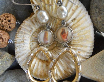 Touch           Vintage Funky Rustic Celluloid Religious Medal Pearl Hoop Earrings