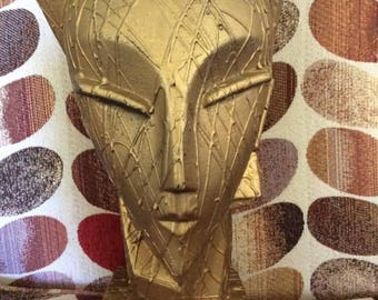 Vintage 1970s 1980s Mannequin Head Hat & Hat Pin Old Shop Display Gold Color Velvet Cushion On Top Of Head ART DECO Style Decorative Art