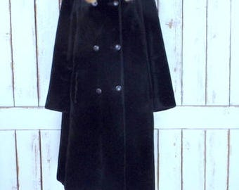 Vintage chunky black/dark brown faux fur mink fur collar winter coat/60s faux fur mid length double breasted jacket