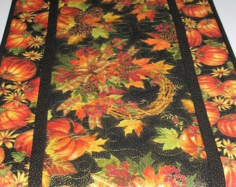 Fall Table Runner Pumpkins, quilted, focus fabrics from Timeless Treasure, Thanksgiving