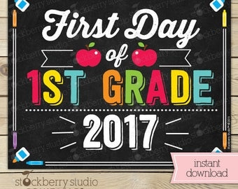 First Day of 1st Grade Sign - 1st Day of School Printable - First Day of School Sign - Photo Props - Chalkboard Sign Instant Download