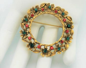Weiss Holiday Wreath Brooch Vintage