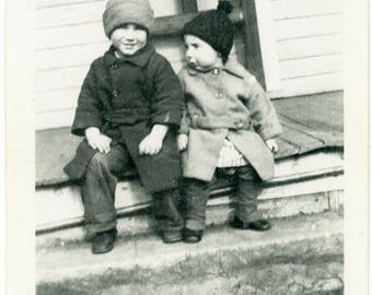 "Vintage Photo ""Ray and Lucille"" Snapshot Antique Black & White Photograph Found Paper Ephemera Vernacular Interior Design Mood - 23"