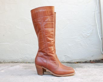 Vintage Womens 10m Dexter USA Zip Up Tall Riding Boots Campus Roper Equestrian Boho Hippie Hipster Classic Southwestern Country Western Boot