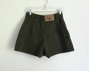 1990s high waisted Paris Blues Army green shorts - size 7/8 - 27""