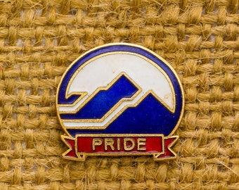 Pride Vintage Lapel Pin Enamel Red White Blue Gold Mountains Button Vtg Pin 7AN
