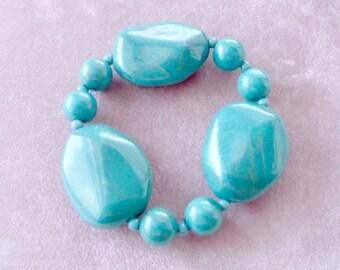 Marbled Lucite Bracelet Teal Stretch Retro Unique Shapes