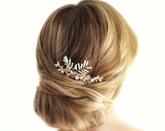 Gold Bridal Hair Comb, Wedding Headpiece, White beaded Hair Comb, Floral Wedding Hair Comb, Bridal Hair, White Leaves Wedding Hairpiece