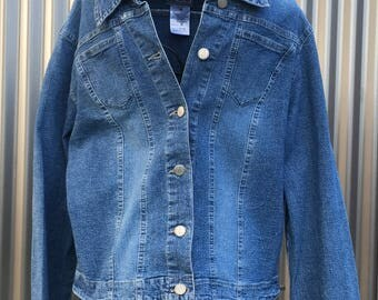 FDJ french dressing denim jacket,womans cut denim jacket,made in canada,previously owned jacket,shabby chic,western wear,feminine cut,boho