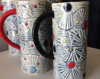 mug in polka fan print