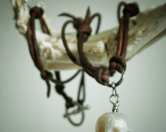 Carved Skull Pearl Necklace