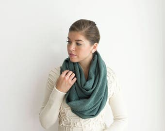 Infinity scarf knitted, Green felted loop scarf, Merino wool neckwarmer, Back to school, Autumn Winter