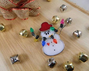 Vintage Snowman Christmas Brooch / Snowman and Christmas Lights Pin / Frosty the Snowman Jewelry / Holiday Brooch