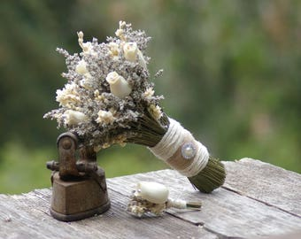 Dried lavender Bouquet and FREE Boutonniere  Wood Rose
