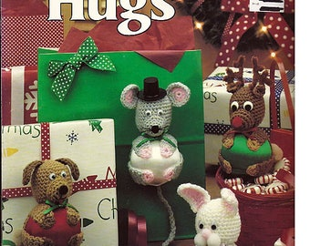Christmas Hugs Eight Ornaments to Crochet Pattern Book Leisure Arts Leaflet 2070