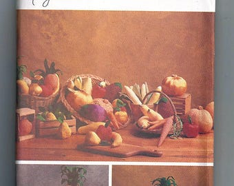 Fruits & Vegetables / Original Butterick Home Decorating Uncut Sewing Pattern 5086