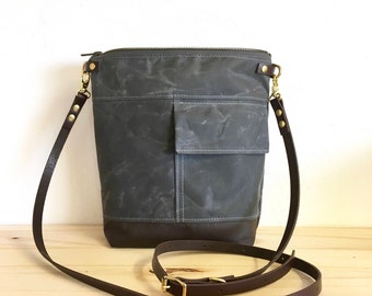 Crossbody bag - INCH - Grey waxed waterproof canvas - zipped shoulder purse - adjustable leather crossbody strap made byHOLM