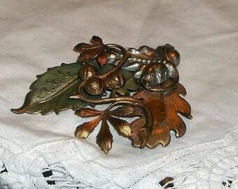 Vintage Brooch, multi gold tones
