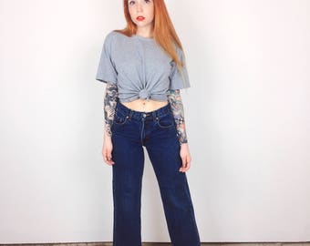 Levi's Mid Rise Retro Straight Leg Petite Mom Jeans // Women's size XXS XS 23 00 0 Short