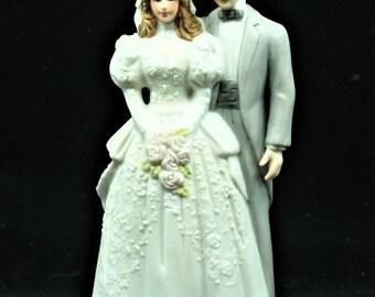 1988 EHW Roman Inc Cake Topper Figurine Porcelain Bisque Bride Groom