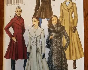 Vogue 8346: Women's Coat