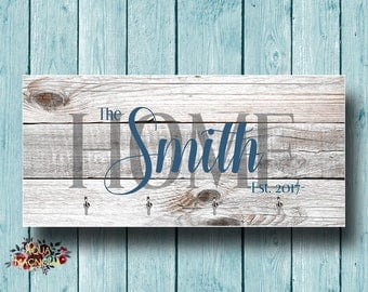 Personalized Key Holder - Weathered Wood Design - New Home Gift - Holiday Gift - Key Rack - Home Decor - Key Hanger - House Warming