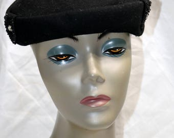 1940s Black Wool Felt Hat  - Good to Very Good Condition - Glenover - Rhinestone Accents - Winter Hat - Henry Pollack