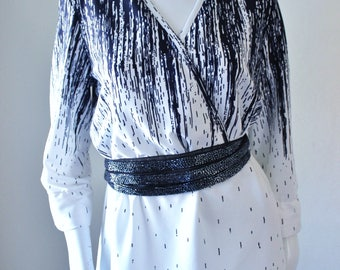 Vintage dress, 1970s, white black, funky design, abstract print, long sleeve, midi, tea length. M/L