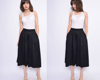 Vintage 80's Black Palazzo Pants / High Waisted Pleated Skirt Pants / Black Wide Leg Cropped Trousers - Size Extra Small