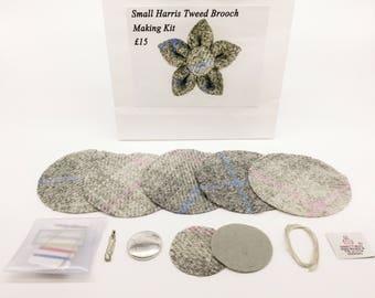 Small Grey check Harris tweed brooch making kit