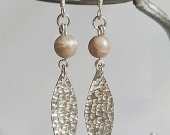 Earrings leaves and pearl agate