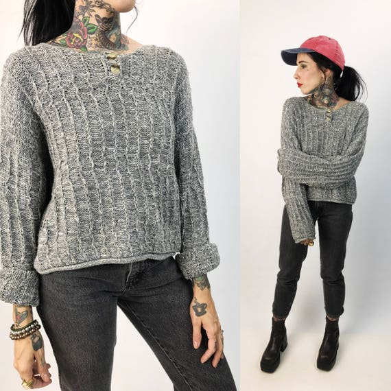 90's Basic Gray Knit Boxy Cropped Sweater Medium/Large - Long Sleeve Heather Gray Basic 90's Boxy Knit Cropped Pullover Natural Fibers