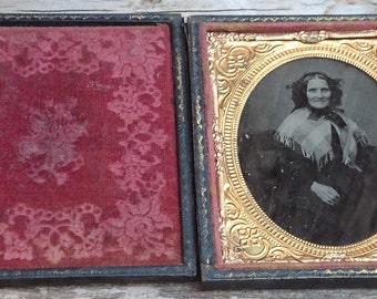 Antique Daguerreotype of a lady