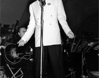 Frank Sinatra on stage in the 1940's
