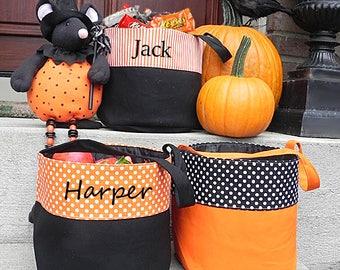 Halloween Bag, Trick or Treat Bag, Halloween Bucket, Personalized Halloween Bag, Monogam Halloween Bucket, Monogrammed Halloween Bag